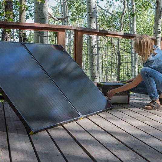 goal-zero-boulder-200-solar-panel-briefcase-charger-wintec