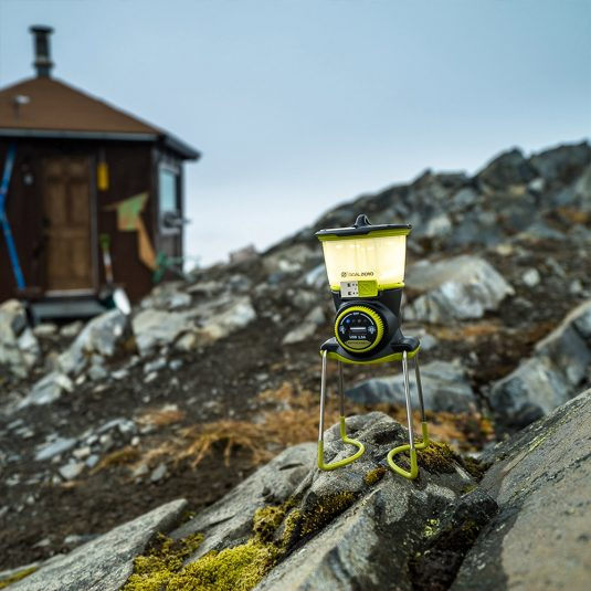goal-zero-yeti-400-lithium-portable-power-station-view-wintec